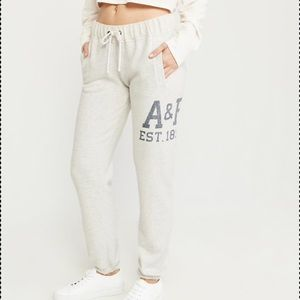New abercrombie and fitch banded logo sweats